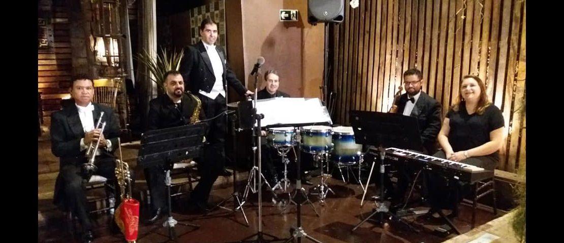 Grupo de músicos Incanttus Musiciais